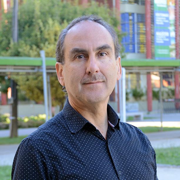 Ismael Torres Bravo: La voz tras los micrófonos de la UBB